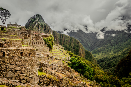 Incredibly beatiful site of Machu Picchu 스톡 콘텐츠 - 124175118
