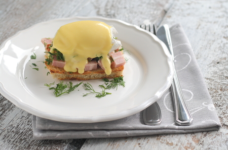 benedict: eggs benedict