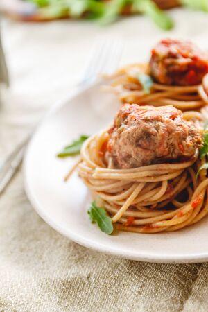 Original Italian Spaghetti With Meatballs In Tomato Sauce. Imagens