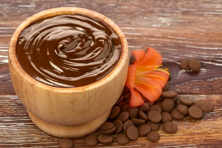 Chocolate spa mask in a bowl photo