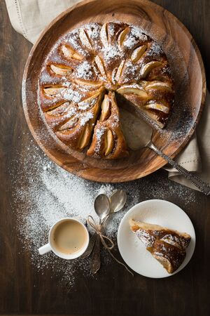 appeltaart: Apple pie on wooden table. Charlotte.