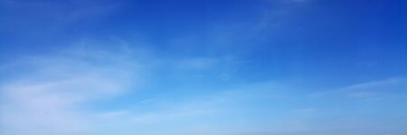 Panorama sky with cloud on a sunny day. Beautiful cirrus cloud. Imagens - 127896501