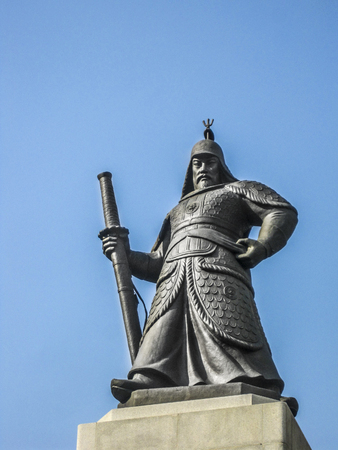 admiral: Statue of the Admiral Yi Sun-Sin in downtown Seoul, South Korea.