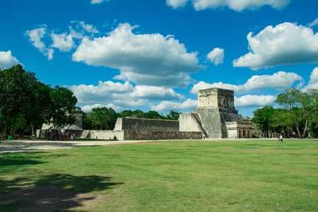 Great Ball Court and Temple of the Jaguars, Chichen Itza, Yucatan, Mexico Stock Photo