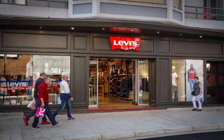 Andorra la Vella, Andorra. September 2018: A Levi s Store in Andorra. Levi s is an American maker and retailer of denim clothing. Redactioneel
