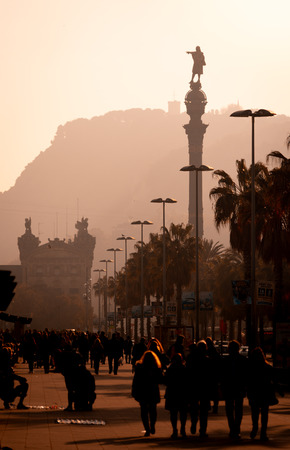 backlighting view of Passeig de Colom and the Columbus statue Stockfoto
