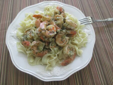 shrimp and noodles on a table Stockfoto