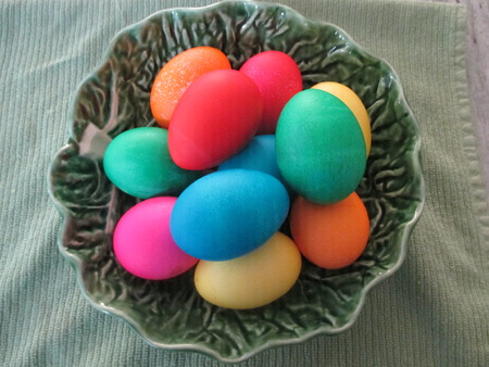 Easter eggs in a green bowl