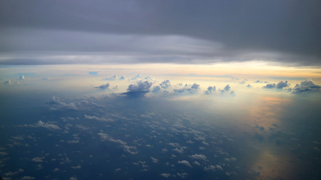morning sky view from commercial airplane windows Standard-Bild