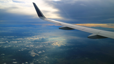 beautiful morning blue sky view from commercial airplane windows Standard-Bild