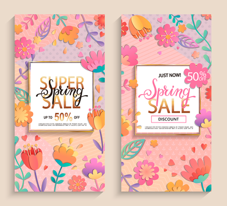 Flyers for spring sales in gold square frames with lettering on pink geometric background with beautiful flowers. Vector illustration template, card, banners, posters, brochure, voucher discount. Vectores