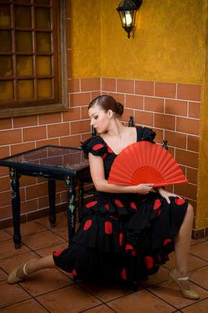 typical spanish flamenco dancer at the seville fair in april Foto de archivo