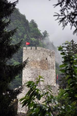 kackar: Zilkale, a historical castle in the deepness of rainforest of Rize