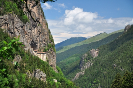 ortodox: The Sumela Monastery, built on a ledge of a steep cliff on the slopes of the Black Mountain  Karada  287,  overlooking the Altindere valley, located inside the territory of the Alt  305,ndere village in the Ma�ka district of the Trabzon Province