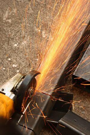 sharpening: Cutting metal