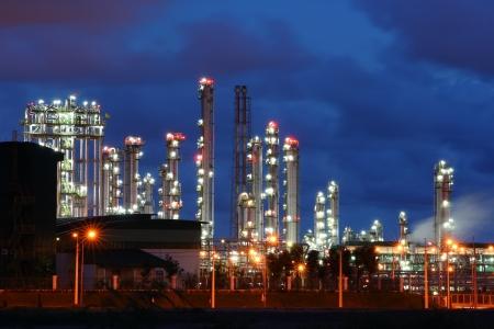 industria petroquimica: Glow luz de la industria petroqu�mica