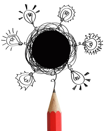 garabatos: L�piz rojo con las burbujas del discurso abstracto en blanco y concepto de las bombillas idea aislada en el fondo blanco