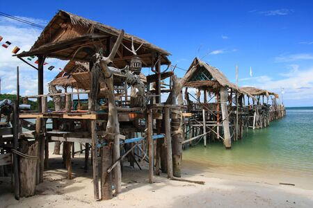 beach bar: Traditional floating restaurants Thai style on the beach