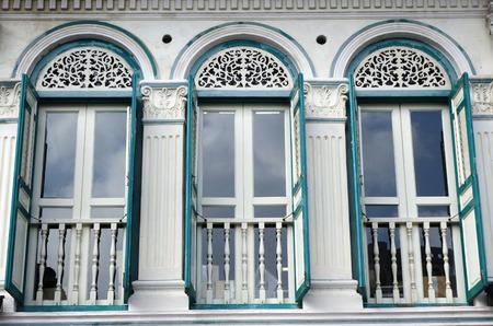 casa colonial: Fragmento de la construcción tradicional en el barrio chino de Singapur