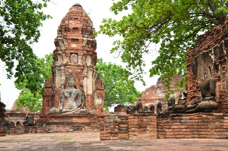 Buddhist temple in the city of Ayutthaya Historical Pagoda photo