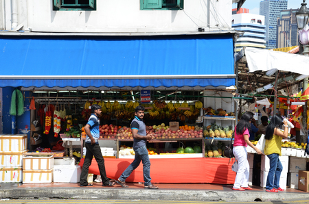 singaporean: SINGAPORE- 11 SEP, 2016: Little India district on Sep 11, 2015 in Singapore. Little India is Singaporean neighbourhood east of the Singapore River Editorial