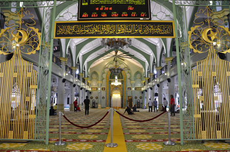 SINGAPORE - OCT 16, 2016: Inside of Sultan Mosque (also known as Masjid Sultan),Singapore and the Muslims worship of the Allahs kindness. Editorial