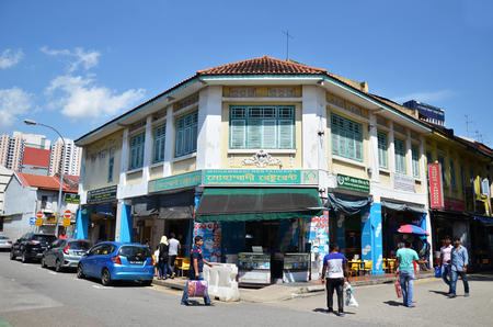 singaporean: SINGAPORE - DEC 3, 2016: Little India district in Singapore. Its Singaporean neighbourhood east of the Singapore River and commonly known as Tekka in the local Tamil community