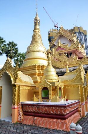 cravings: View of a popular Burmese Temple in Penang, Malaysia