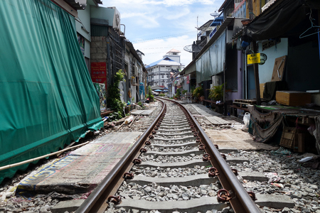 klong: Mae Klong Market placed all product on railroad