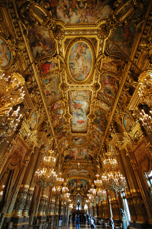 PARIS, FRANCE-23 JUL, 2018: Interior view of the Opera National de Paris Garnier, France. It was built from 1861 to 1875 for the Paris Opera house Redactioneel