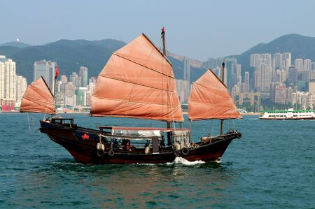 Hong Kong Junk Boat Stock Photo - 14639313