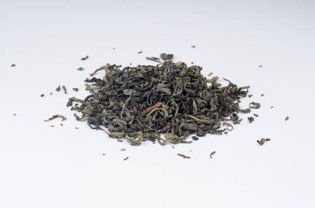 tannin: Tea heap on isolated background