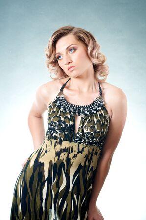 금발 백인 여자와 드레스 스톡 콘텐츠 - 15243890