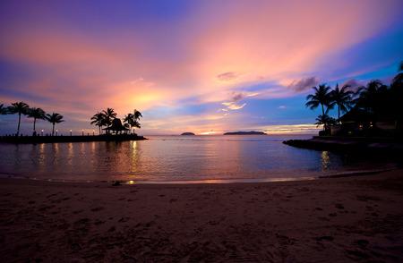サバ州コタキナバル マレーシアのビーチの夕日 写真素材