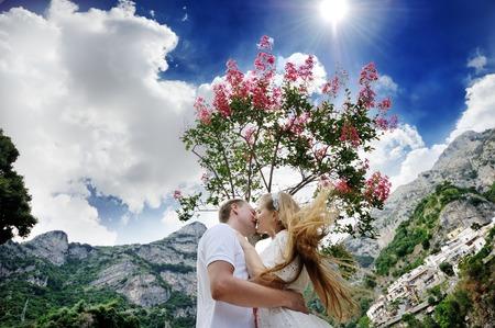 positano: happy couple bride and groom in wedding day in Positano