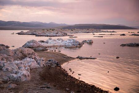 lee vining: Mono Lake at sunset Stock Photo
