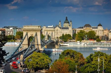 The famous Chain bridge in Budapest Standard-Bild