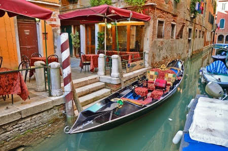 Romantic view of gondola in Venice canal  Standard-Bild