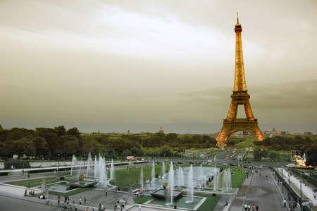 trocadero: Eiffel tower, Paris Editorial