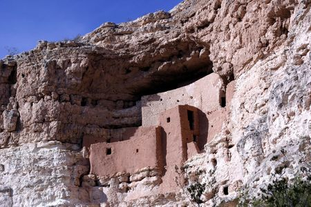 dwelling: Montezuma Castle National Monument - cliff dwelling indian ruins in Campe Verde, Arizona.