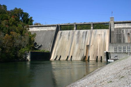 clinch: Norris Dam, a hydroelectric dam located in East Tennessee.