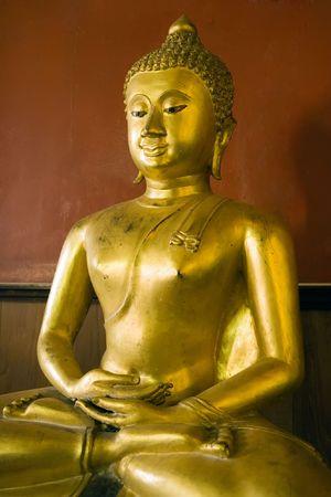 Buddha statue at the Buddhist temple of Wat Phanan Choeng in Ayutthaya near Bangkok, Thailand. photo