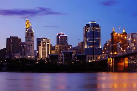 View of Cincinnati, Ohio skyline at dusk. Stock Photo - 5408240