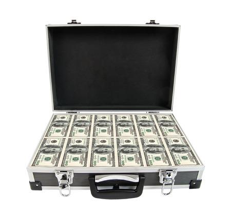 cash money: estuche negro blindado con el dinero en efectivo, sobre fondo blanco; aislado