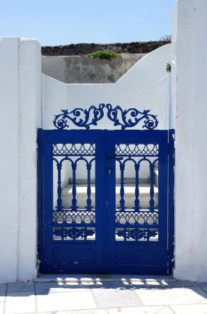 Santorini in details: blue small gate               photo