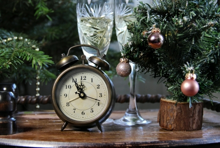 New Year celebration with champagne and old clock Stock Photo - 17096793