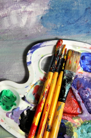 Painting equipment, art palette and oil painting Stock Photo - 17452014