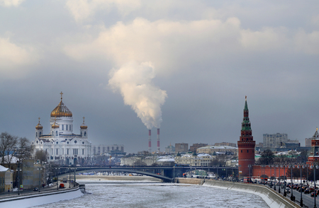Photos winter landscape with the church of Christ the Savior and the river