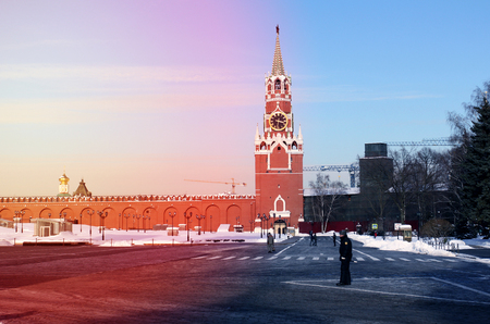 Photos of the Moscow Kremlin with a sunny winter day Standard-Bild - 97442612