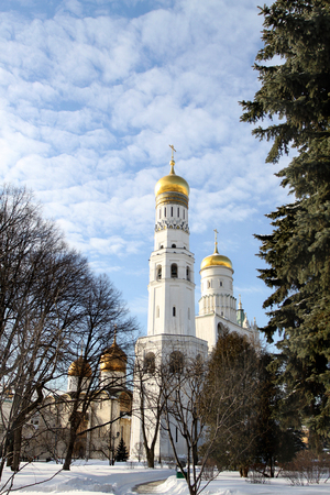 Photo Bells of Ivan the Great in the Moscow Kremlin on a sunny day
